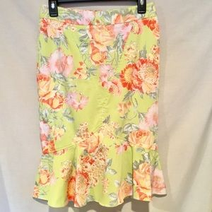 Body by Victoria Floral Pencil Skirt Size 4